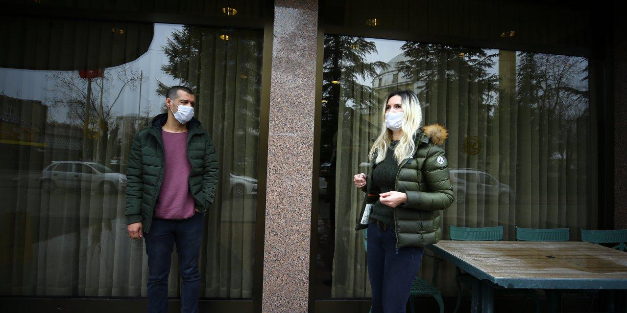 Evlerinden uzakta fedakarca koronavirüsle mücadele ediyorlar