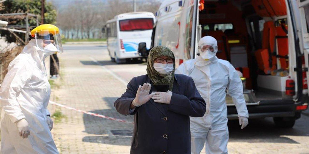 Şadiye anne 80 yaşında koronavirüsü yendi!