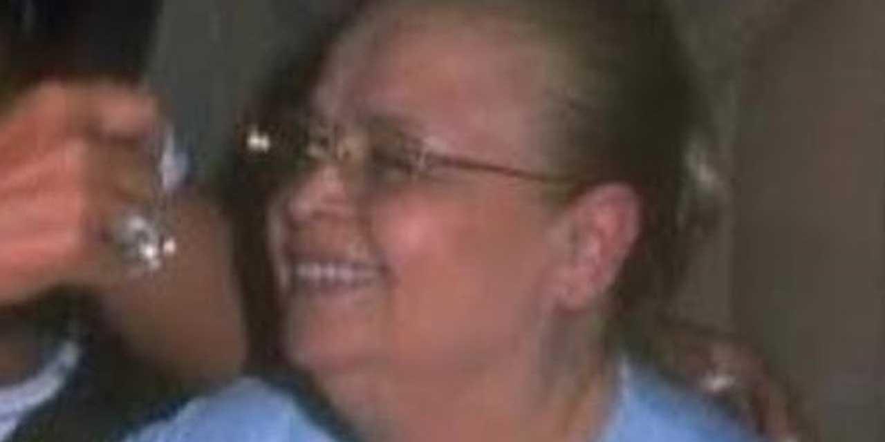 Bülent Ersoy'un pek görülmeyen annesi yaşamını yitirdi