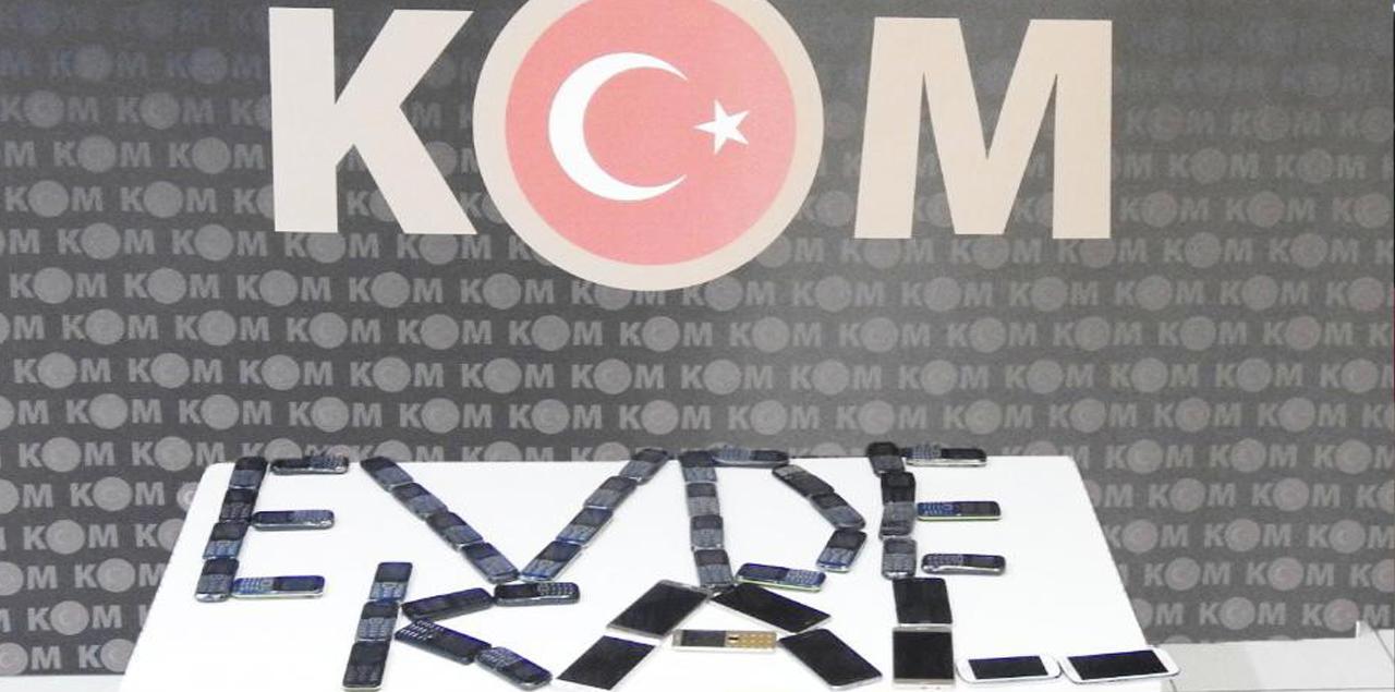 Kırıkkale'de  kaçakçılık operasyonu! 66 telefon ele geçirildi