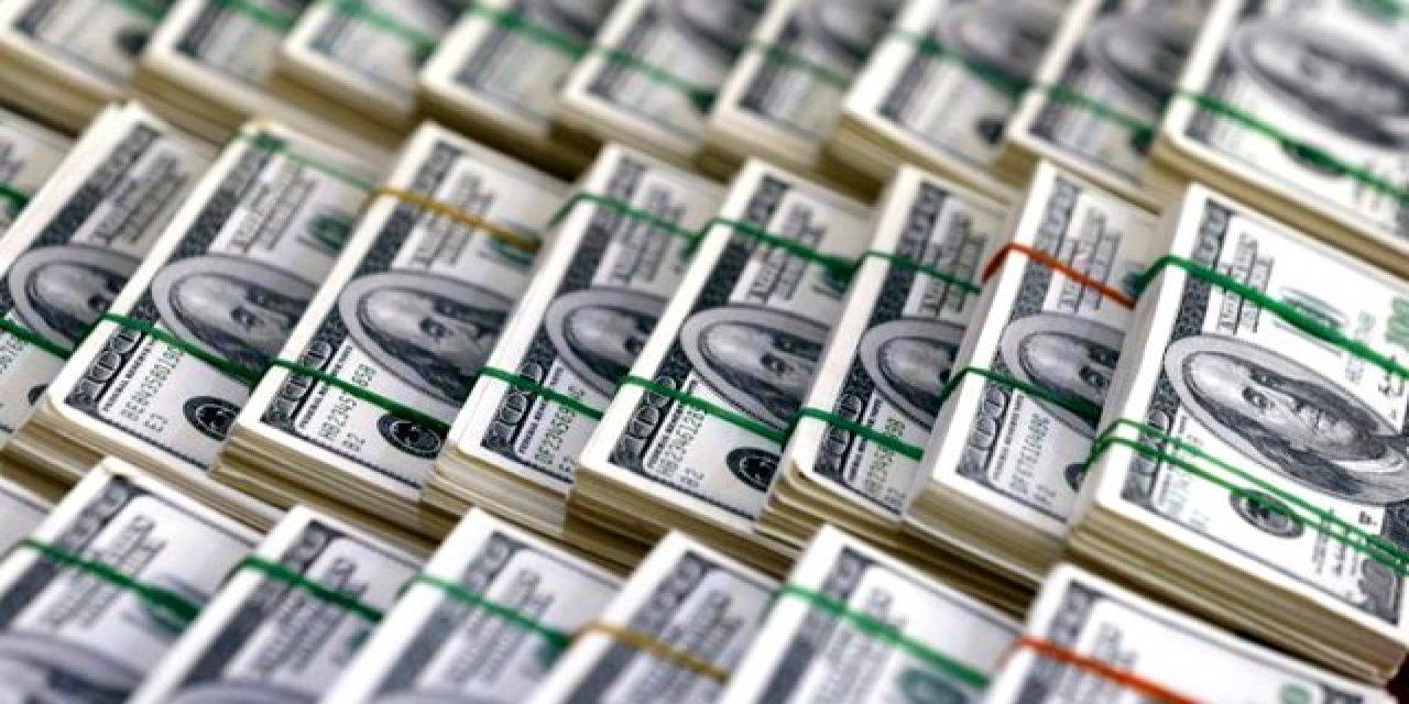 BDDK Üç Bankaya Swap Yasağı Getirdi, Dolar Düştü