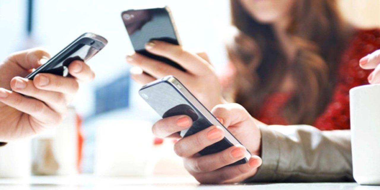 Cep Telefonları Ticaret Bakanlığı'nın İzni İle İthal Edilecek