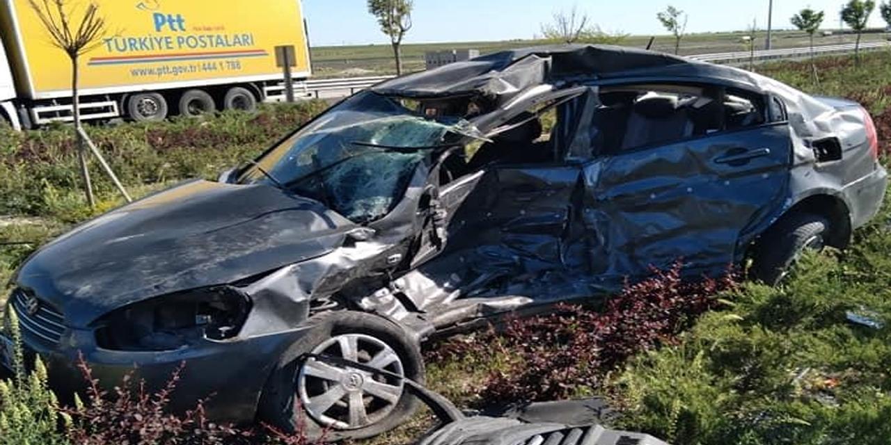 Konya plakalı minibüs Aksaray'da otomobille çarpıştı! 1 kişi öldü