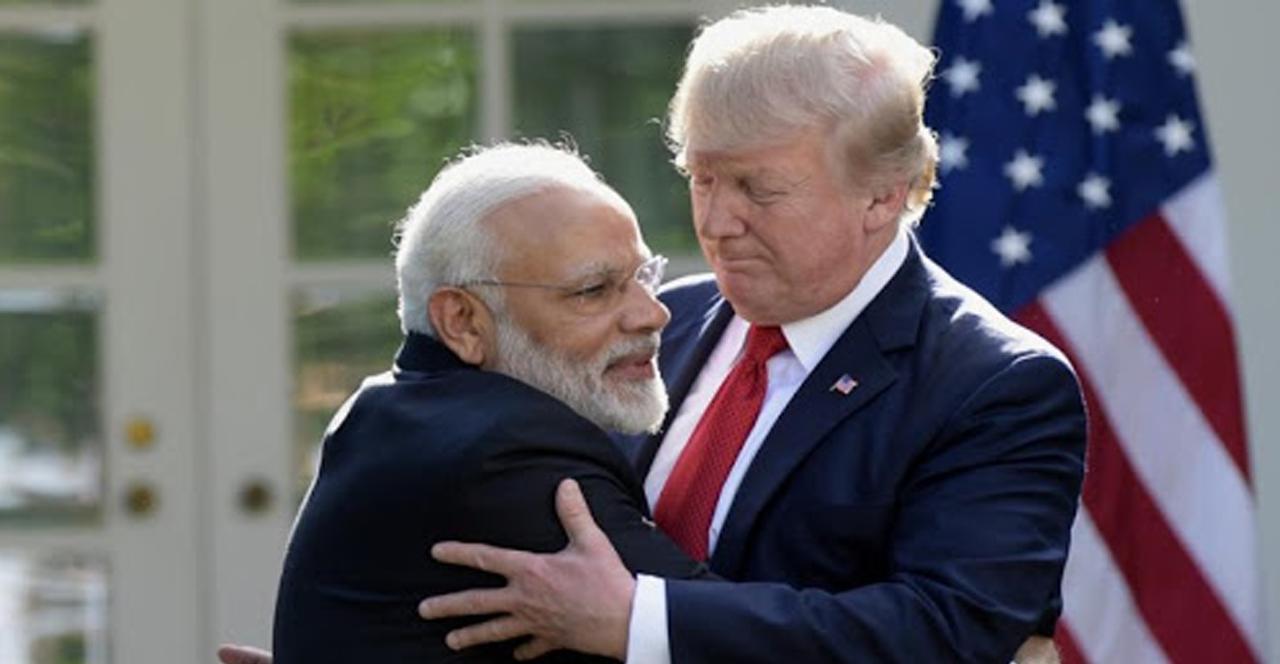 Kendi hastalarına yetemeyen Trump, Hindistan'a solunum cihazı bağışlayacak
