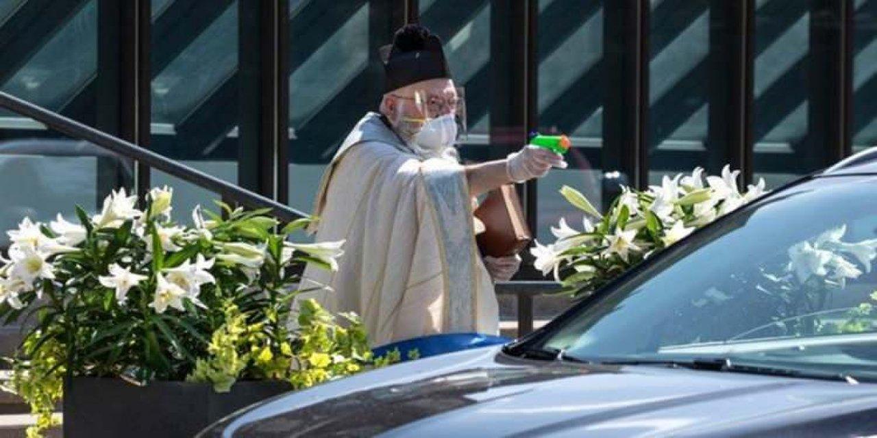 ABD'li rahibin su tabancasıyla yaptıkları günün konusu oldu