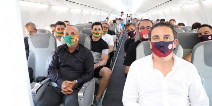 Antalya'nın iki kardeş takımı birlikte İstanbul'a uçtu