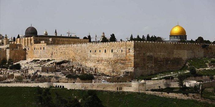 Yahudiler Mescid-İ Aksa'ya Baskın Düzenledi