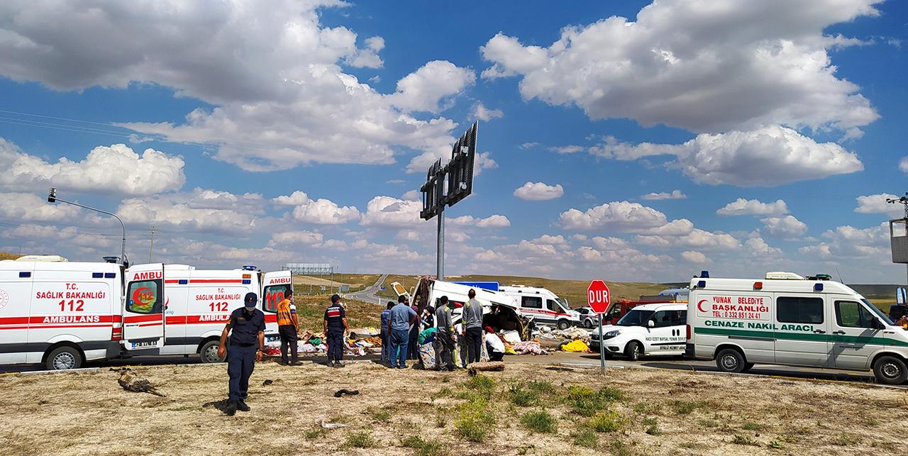 İşçi minibüsüne çarparak 7 kişinin ölümüne neden olan tırın sürücüsü tutuklandı!