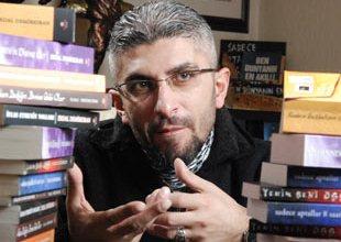 Kur'an'ın romanını yazdı