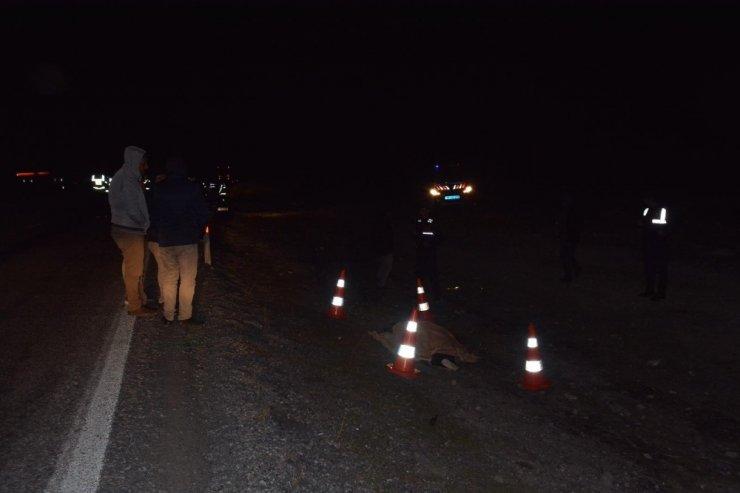 Aracı arızalanan şahsa otomobil çarptı