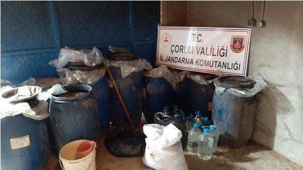 """Evde kaçak içki imalatına Jandarma 'dur"""" dedi"""