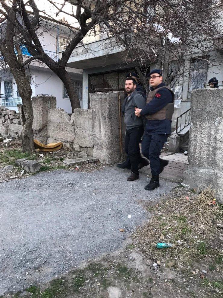 Kayseri'de HTS terör örgütü operasyonu: 5 gözaltı