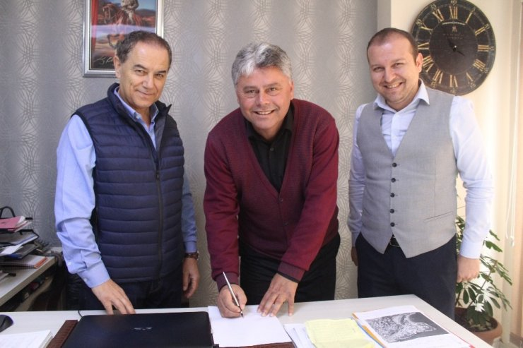 Zonguldaklı gurbetçi amatör takıma başkan oldu