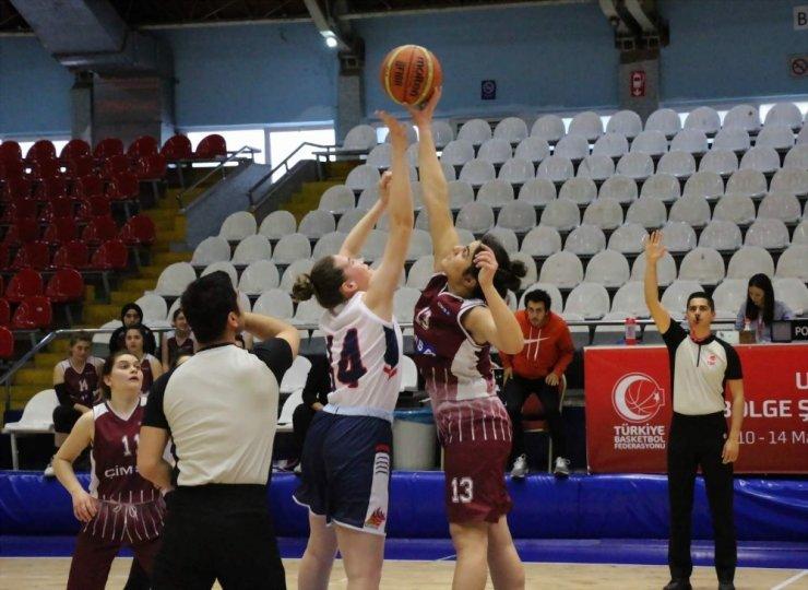 Basketbol U18 Kızlar 2. Bölge Şampiyonası Manisa'da başladı