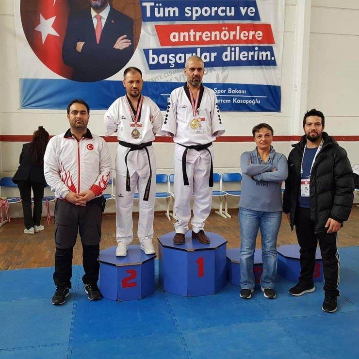 Paraolimpik Taekwondo Türkiye ikincileri Melikgazi'den