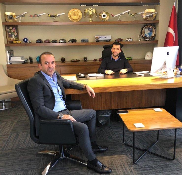 BB Erzurumspor Mehmet Özdilek ile anlaşma sağladı