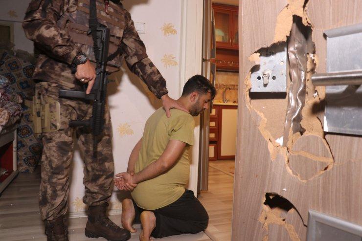 GÜNCELLEME - Bursa'da 300 polisin katılımıyla uyuşturucu operasyonu: 12 gözaltı