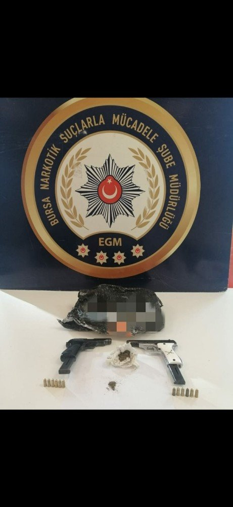 Bursa'da şafak operasyonunda 12 gözaltı