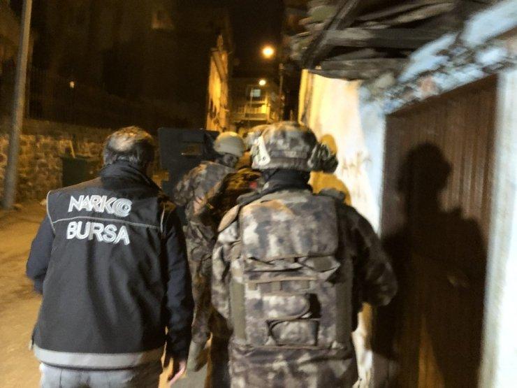 Bursa'da şafak vakti dev uyuşturucu operasyonu