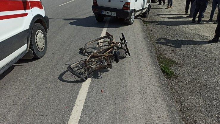 Otomobille bisiklet çarpıştı; 1 yaralı