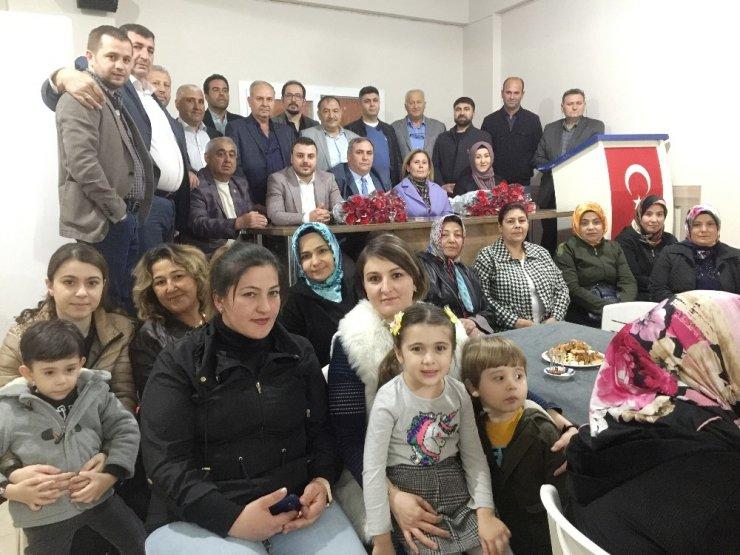 Alaşehir AK Parti'de birlik beraberlik vurgusu
