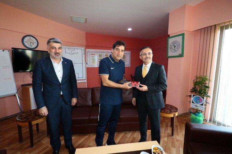 Rize Valisi Çeber'den Ünal Karaman'a hayırlı olsun ziyareti