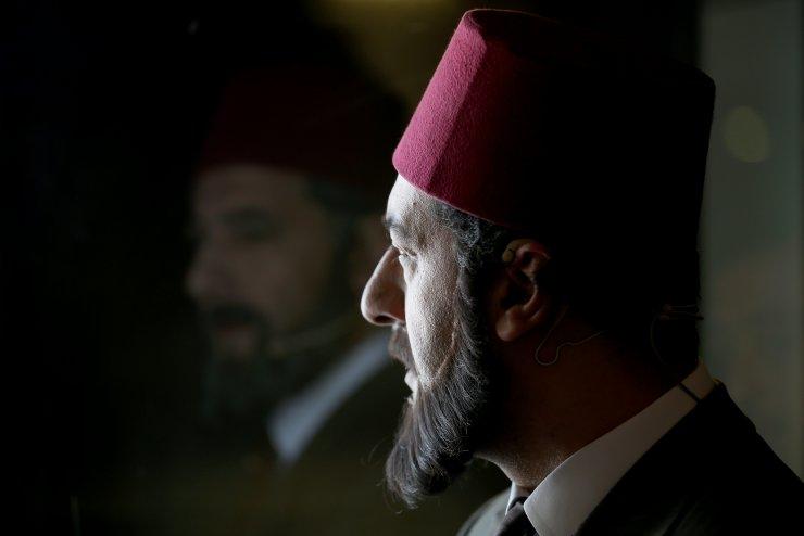 Devlet Tiyatroları, İstiklal Şairi'ni 'Mehmet Akif' oyunuyla andı