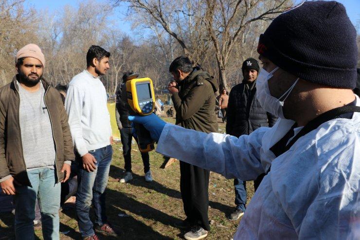 Koronavirüs tedbirleri kapsamında sığınmacılara sağlık taraması yapılıyor