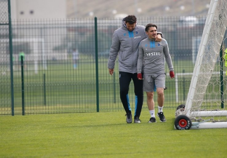 Trabzonspor, Medipol Başakşehir maçı hazırlıklarına ara vermeden başladı