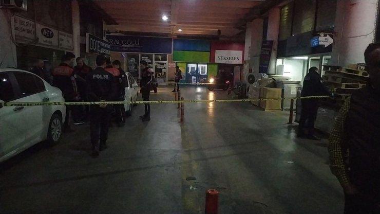 Zeytinburnu'nda silahlı saldırı: 1 yaralı