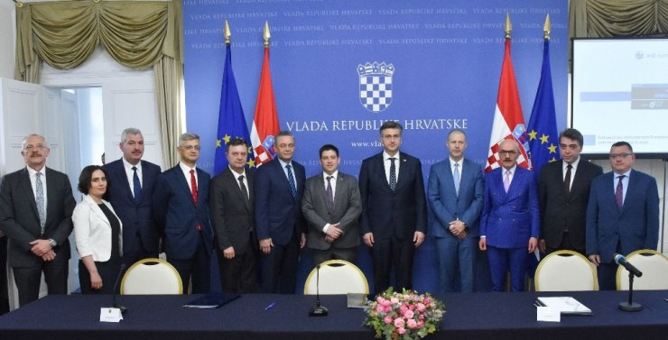 Avrupa'nın göbeğini Adriyatik'e Cengiz bağlayacak