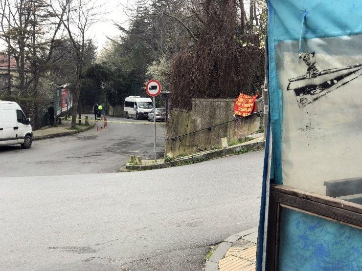 Sarıyer'de hareketli anlar: Şüpheli pankart polisi harekete geçirdi