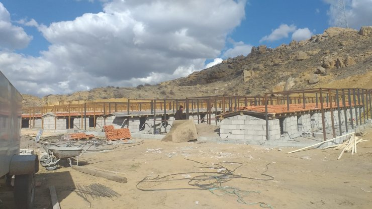 Şereflikoçhisar'da belediyenin hayvan barınağı yapımında sona gelindi