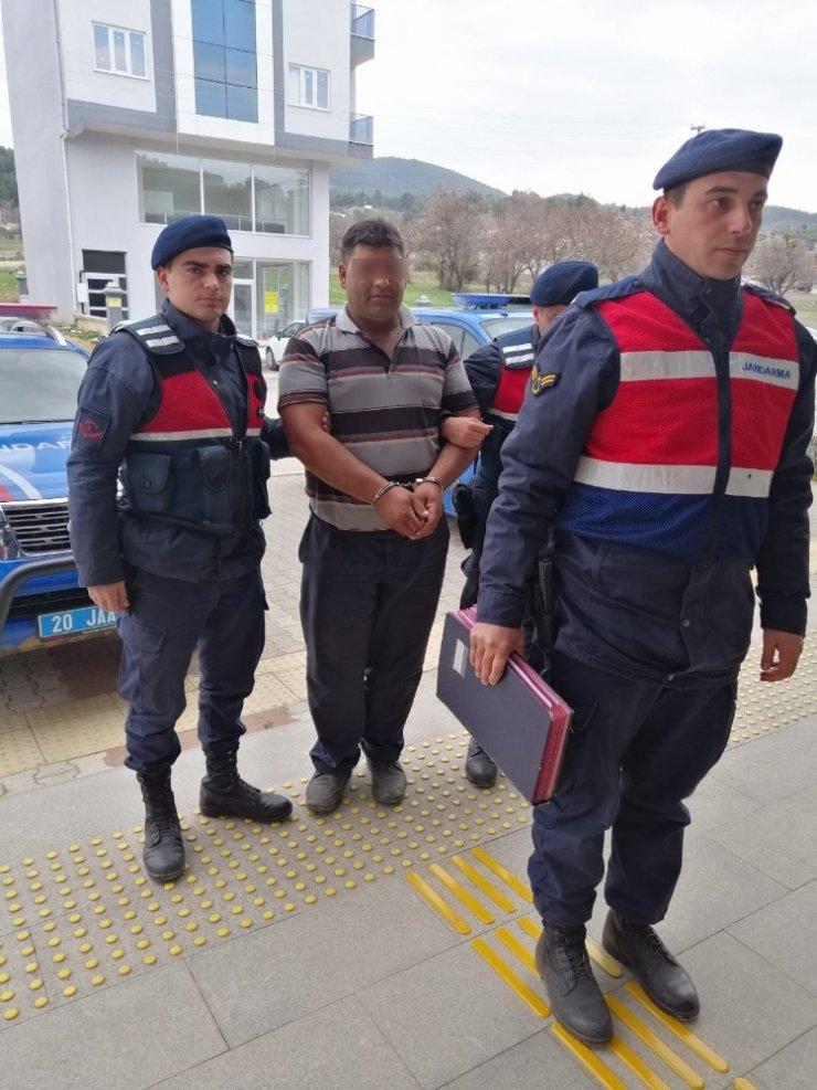 Patates satıcısı hırsız yaşlı kadının evinden 2 bin 500 TL sini çaldı