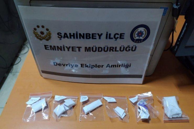 Gaziantep'te asayiş uygulamasında 43 kilo uyuşturucu yakalandı