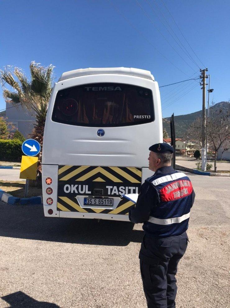 İzmir'de huzur ve güven operasyonu: 35 şahıs yakalandı