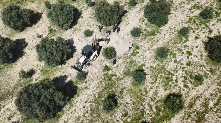Manisa'da kaçak definecilere drone ile suçüstü