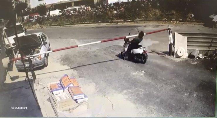 Motosiklet sürücüsünün talihsiz anı