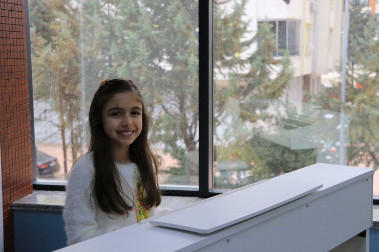 Ödüllü küçük piyanist büyük hedeflere ulaşmak istiyor