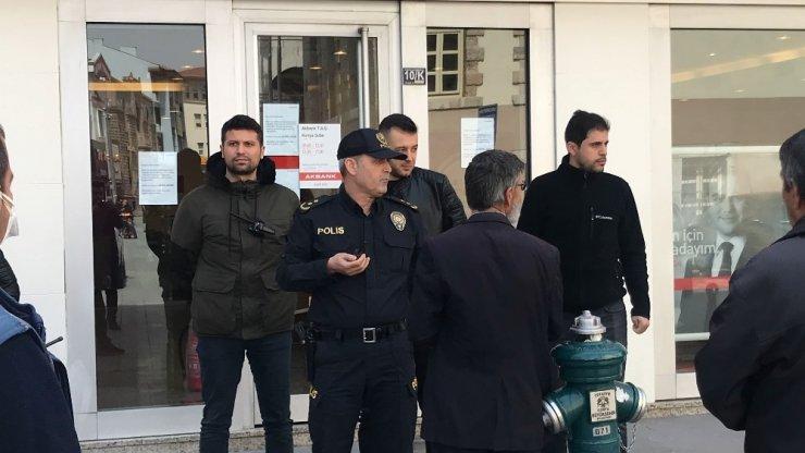 Konya'da 65 üstü vatandaşlar evlerine dönmeleri konusunda uyarılıyor