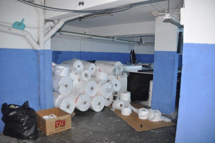 Gaziosmanpaşa'da 12 bin kaçak maske ele geçirildi