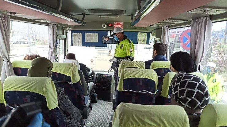 Polis otobüs ve minibüs sürücülerine göz açtırmıyor