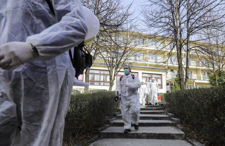 DERLEME - Yeni tip koronavirüsle ilgili son 24 saatte dünyada yaşanan gelişmeleri derleyerek yayımlıyoruz.Saygılarımızla.AA