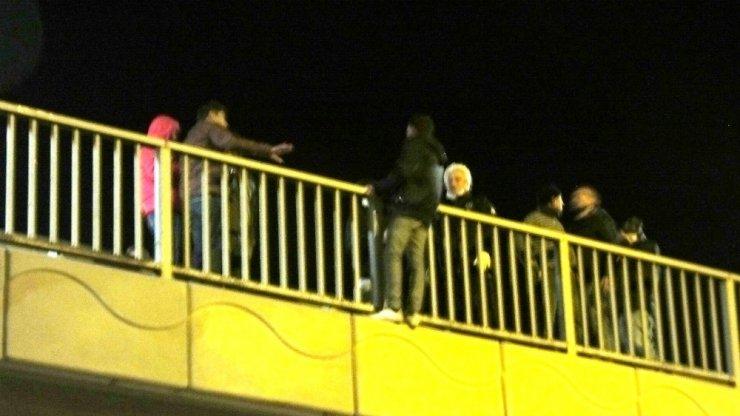 İstanbul'dan geldi intihar etmek için köprüye çıktı