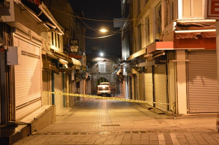 Tarihi Kapalı Çarşıda kuyumcu soygunu