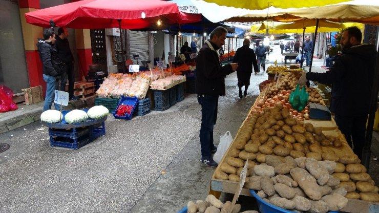 Semt pazarlarında durgunluk