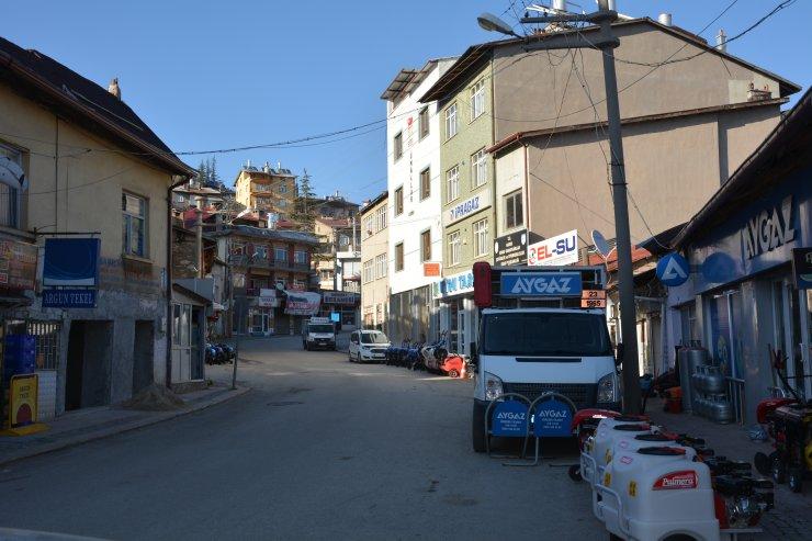 Hadim'de cadde ve sokaklarda sessizlik hakim