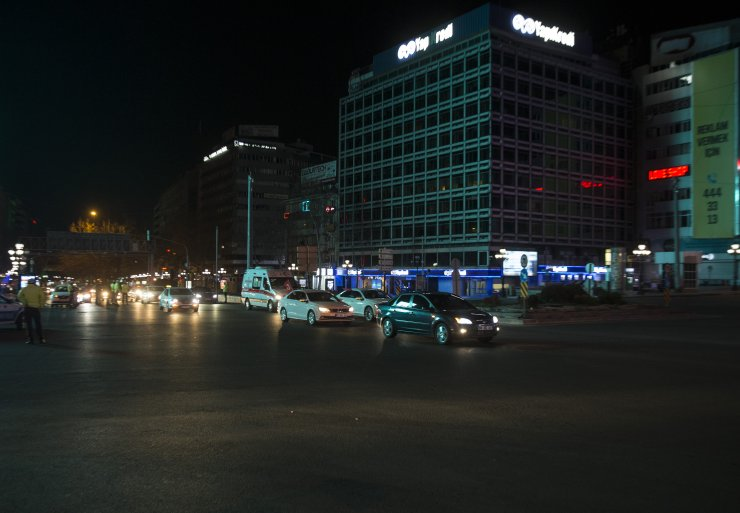 Yasak bitti! Ankara'da şehir turuna çıktılar