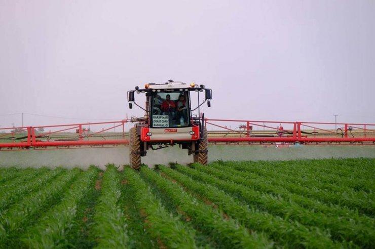Modern ilaçlama makinesi Karapınarlı çiftçilerin hizmetinde