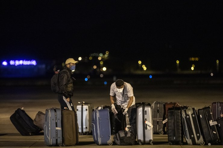 Maldivlerdeki Türk vatandaşları yurda döndü